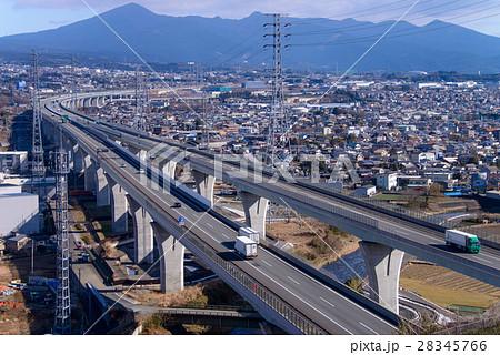 新東名高速道路の写真素材 - PIX...