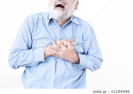 男性 高齢者 心臓発作 狭心症の...