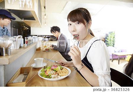 食レポの写真素材 - PIXTA